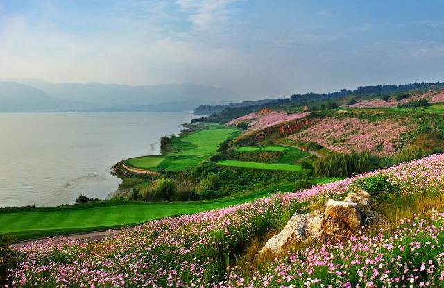 Golfplatz, Spring City Golf & Lake Resort, Kunming, China Rundreise