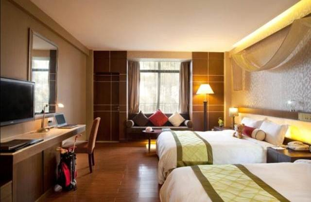 Zweibettzimmer, Spring City Golf & Lake Resort, Kunming, China Rundreise